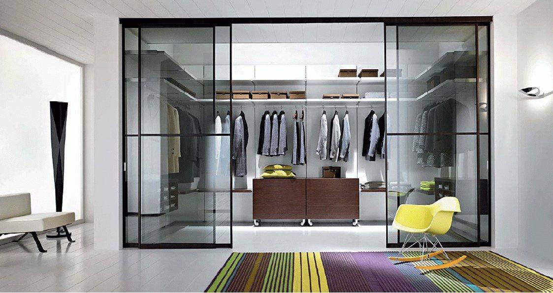 Une chambre unique avec dressing personnalisé par LLUCK